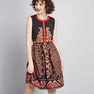 Modcloth floral dress sz small